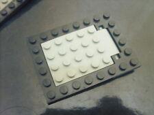 Pièce recherchée LEGO MOYEN-AGE: Trappe gris clair tour noir 8X6 occasion TBE