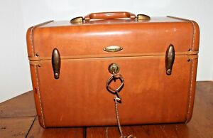Vintage Samsonite Shwayder Bros Travel Train Makeup Case with Key