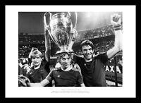 Aston Villa 1982 European Cup Team Celebrations Photo Memorabilia (396)