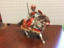 Schleich Ritter - 70056 Ritter mit Schwert auf Pferd Lilienritter