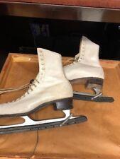 Ladies Girls Ccm Champion Deluxe Sz 10 1/3 White Ice Figure Skates Canada -D1