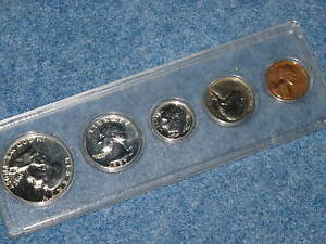 1957 United States Silver Proof Set in Whitman Lucite E0316