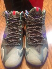Nike Lebron XI(11) Terracotta Warrior Size 9 Gray/Purple Sneakers W Original Box