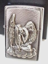 Original ZIPPO Feuerzeug Dreaming Angel Emblem Engel auf Wolke 2002718 Neu & OVP