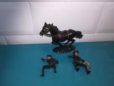 01.07.18.5 Figurine soldat en plastique Lot Cofalu cheval et deux Zorro