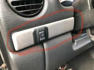 A-11 2002 - 07 JEEP LIBERTY RENEGADE ROOF MOUNTED LIGHT BAR SWITCH OEM FOG
