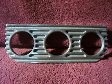 VTG STYLE FINNED TRIPLE GAUGE DASH MOUNT PANEL AUTO OIL AMP WATER ROD ACCESSORY
