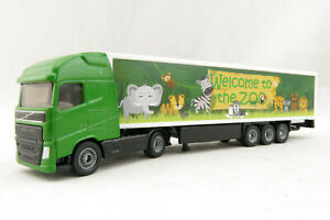 Siku 1627 - Volvo FH04 Globetrotter Truck with Box Trailer - Zoo H0 Scale 1:87