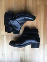 Schwarze Leder Stiefeletten Von Geox Mit Wildleder Applikation Und Absatz Gr 39