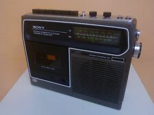 VINTAGE RADIO - CASSETTE PLAYER/RECORDER SONY CF-320  From 70's