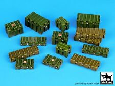 Black Dog 1/35 Universal Modern Plastic Boxes Accessories Set (14 pieces) T35067