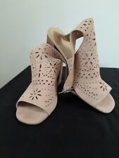 Marc Fisher Blush Suede Ankle Strap Bahati-B Heel Floral Sandals Size UK 7.5
