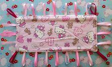 NUOVO Hello Kitty Cat rosa per neonate TAGGY taggie RUTTI Panno Coperta sensoriale