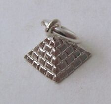 GENUINE SOLID 925 STERLING SILVER 3D EGYPTIAN PYRAMID Charm/Pendant