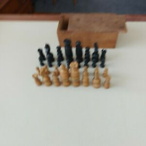 Old Vintage Complete Chess Pieces