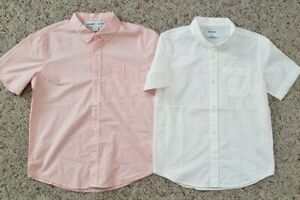 NWT Old Navy Boys 2 Short Sleeve Button Down Shirts in Light Pink & White 10-12