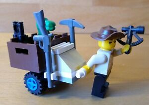Vintage LEGO Dino Island 1278 Jones and Baby Tyranno Complete Rare Set Xmas Gift
