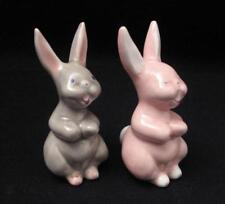 PAIR VINTAGE RAYNER FORD AUSTRALIAN POTTERY RABBIT FIGURINES WITH LABELS