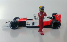 1/43 Ayrton Senna McLaren Honda figurine figure 1990 1991 Walking to & from car