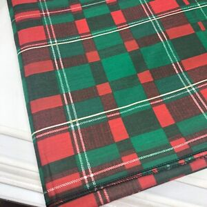"""Plaid Rectangle Holiday Christmas red green tablecloth 60"""" x 84"""" Polyester"""