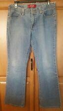 """Levis womens blue jean size 8 x 31"""" L bootcut 525 Nouveau"""