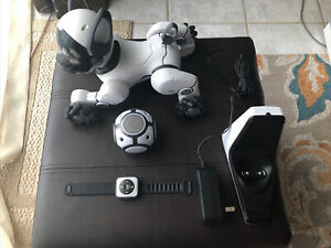 🐶WowWee CHiP White Robot Toy Dog Full Set (Accessories and Chargers Included)