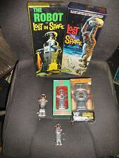 LOST IN SPACE B-9 ROBOT collection Ornament Wobbler, key chain models