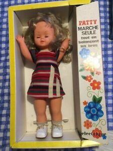 Poupée gégé Patty 'Marche seule'
