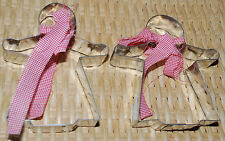 Christmas Metal Cookie Cutters 2PC Holiday Plaid Ribbon Gingerbread Girl Vintage