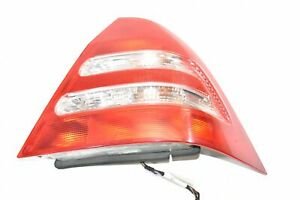 01 02 03 04 Mercedes-Benz C320 Tail Light Lamp Assembly Left Driver Side Sedan