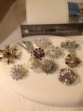 VINTAGE COSTUME BROOCHES LOT OF 10