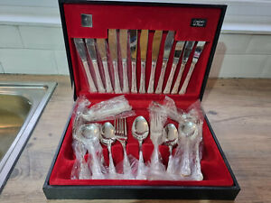 Vintage Viners SIlver Plated 44 Piece Kings Pattern Canteen Cutlery
