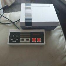 Nintendo Classic Mini Nintendo Entertainment System Top Zustand NES 30 Spiele