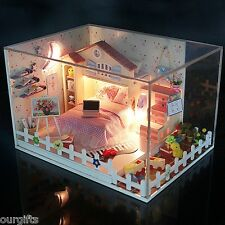Dollhouse DIY Model Kit w/ Cover Moon Bay Girls Pink Bedroom Bed Room Home House