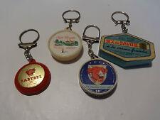 Porte-clés anciens(boites de fromage)