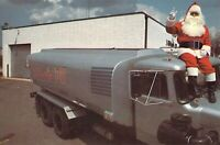 NY Central Islip GIFFORDS OIL Tanker Truck SANTA CLAUS on TOP 6x9 postcard