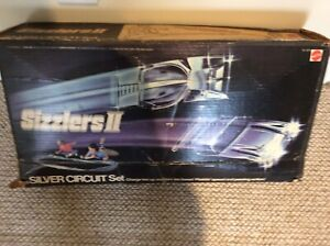 Hot Wheels Redlines SIZZLERS 2 Fat Track 9276 SILVER CIRCUIT SET Box Only