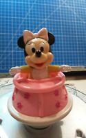 Disney Baby Minnie Maus im Laufstall Aufziehfigur 1984 ARCO Vintage Disneyana