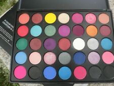 NIB Laritzy Cosmetics 35 Eyeshadow Collection Palette Full Size Bright Colour