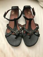 Duo Size 37 Black Patent Sandal Great Condition