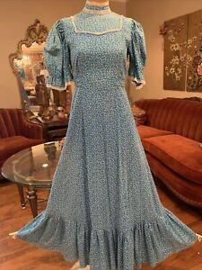 "vintage 1970s Soft Blue Calico Prairie Victorian Maxi Dress medium 31"" Waist"