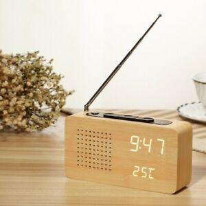 [CN] Electronic Clock with Radio Alarm Clock in Wood with White Light