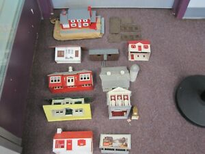 Lot of 10 Plastic Buildings and 1 Sign for O Gauge Train Layout