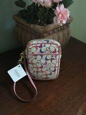 New Coach Wallet Bag Wristlet Universal Hearts  F61378 - Pink White W5