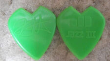 KIRK HAMMETT METALLICA  GUITAR PICK GREEN  HEART SHAPED