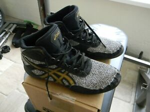 Boy's ASICS, Matflex 6 Wrestling Shoes size 6 EU 37.5
