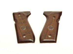 Beretta OEM Replacement Wood Handgun Grips for 92/96FS Series Pistols - JG92FSW