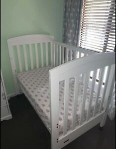 Growtime Cot with mattress