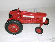 ERTL Farmall 350 1:16 Diecast Tractor MIB! #418 Farm Toy
