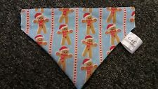 Slide on dog bandanas size M blue with gingerbread hearts in stripe  print